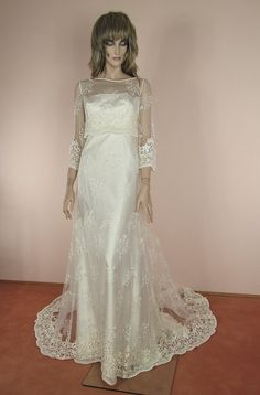 70's Vintage Wedding Dress  - Elegant ivory  dress  – Empire style dress- Full lace bridal gown- Lace train skirt - Romantic 70s style