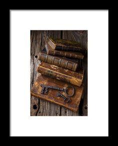Love Reading Framed Print By Garry Gay