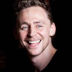 Tom Hiddleston love the smile