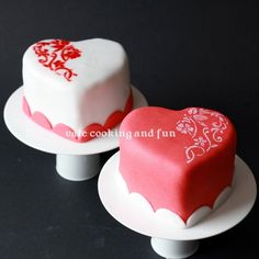 Mini Cakes for ValentinsdayPetits gâteaux pour la St-Valentin / small Cakes for Valentine's Day