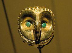 Señora de Cao. Owl pin found in the archaeological deposit #inlarariastudio #inspo