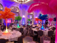multi Coloured ostrich feather table centres for hire - Perfect for Carnival themed events, mardi gras themed events and rio themed events. Carnival Centerpieces, Carnival Decorations, Sweet 16 Decorations, Feather Centerpieces, Carnival Themes, Quince Decorations, Carnival Makeup, Carnival Costumes, Brazil Party