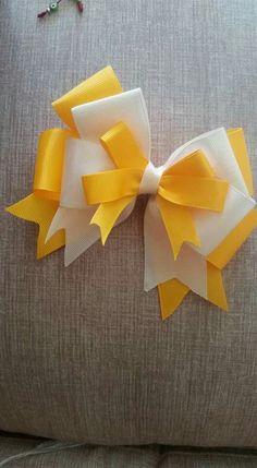 Felt Flower Tutorial, Bow Tutorial, Ribbon Hair Bows, Bow Hair Clips, Kids Gown, Ribbon Sculpture, Making Hair Bows, Hairbows, Barrette
