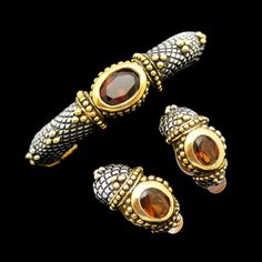 Mid Century Vintage Bangle Bracelet Earrings Topaz Glass Rhinestones - This jewelry set is absolutely stunning! #MyClassicJewelry