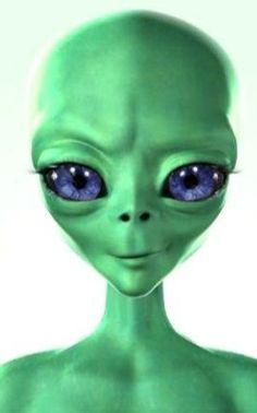 Aliens And Ufos, Ancient Aliens, Ancient Greek Sculpture, Alien Aesthetic, Avatar Picture, Alien Drawings, Alien Concept Art, Psy Art, Alien Abduction