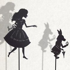 Alice and the white Rabbit / Laser cut Shadow por IsabellasArt