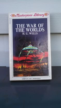 Vintage Edition of The War of The Worlds by by CollectorsAgency