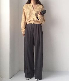 and beige : 카카오스토리 Vogue Fashion, 70s Fashion, Modest Fashion, Hijab Fashion, Autumn Fashion, Fashion Outfits, Fashion Hair, Ladies Fashion, Fashion Tips