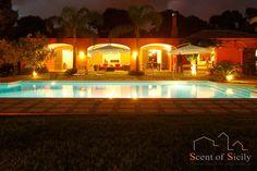 Marsala, Villa Lilybeum http://www.scent-of-sicily.com/marsala-holiday-rentals/villa-lilybeum/