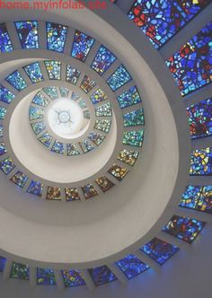 The 'glory window' of Thanksgiving Chapel in downtown Dallas, Texas. Best Workout Plan, Glass Photography, Glass Marbles, Beautiful Architecture, Stained Glass Windows, Glass Design, Stairways, Glass Art, Sea Glass