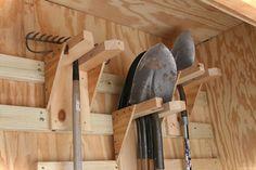 Smart garden shed organization ideas 46
