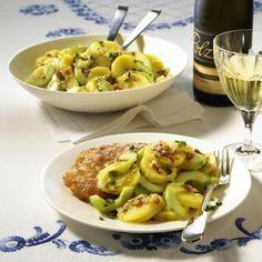 Steirischer Kartoffel-Gurken-Salat Rezept | LECKER