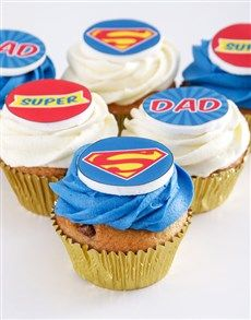 To many, their dad is their very own superhero. This Father's Day gift will be even more perfect if your dad is a fan of DC! Send this tasty Father's Day Food Gift for nationwide delivery. Fathers Day Cupcakes, Fathers Day Cake, Mini Tortillas, Super Mam, Halloween Diaper Cake, Chocolate Chip Cupcakes, Dad Cake, Dad Birthday Cakes, Holiday Cupcakes