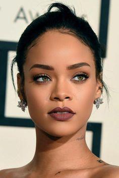 48 Gorgeous Make Up ideas for Prom Night # Rihanna makeup looks, makeup looks for tan skin, makeup looks for poc Makeup Trends, Makeup Inspo, Makeup Inspiration, Beauty Makeup, Eye Makeup, Hair Makeup, Hair Beauty, Makeup Ideas, Bold Lip Makeup
