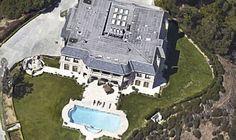 di Sergio Mauri Via: BoingBoing.net Accade che, sauditi, ma anche qatarioti, di alto rango, proprietari di lussuose dimore a Beverly Hills, Los Angeles, abbiano il vizietto di importunare, forzare ...