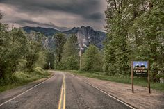 """The """"Welcome to Twin Peaks"""" sign is now a real, permanent (fictional) town sign in Snoqualmie, WA."""