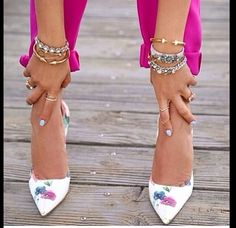 Glam Chic! Gorgeous floral heels, with great hand candy and jewelry. Plus great colors!