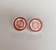 Silver Metal Flowery Bullseye Stud Post Earrings by AuntieBeths, $14.50