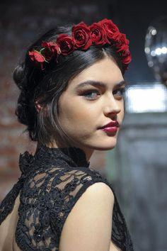 Fashion Week beauty got grapey: Alice + Olivia did Stila Stay All Day Vinyl Gloss in Merlot