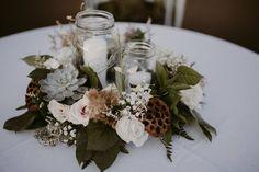 little miss lovely floral design // ocean city maryland wedding florist // micky fins ocean city inlet beach wedding // the hursts photography // driftwood mason jar floral centerpiece