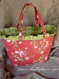 Shabby Home // ruffle bag