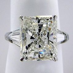 * Amazing Ring