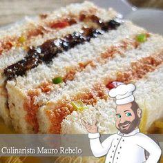 Torta Sanduíche de Cachorro Quente Essa receita foi postada em 2008 em nossa comunidade Culinária-Receitas . Estou postando aqui tamb...
