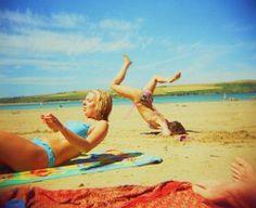 Awkward beach photos 15