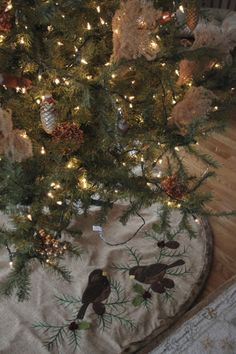 natural tree ornaments