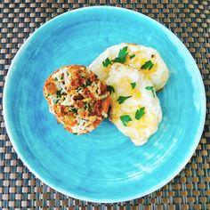 Hoje para o jantar testei uma receita clássica, Ovos à Escoffier! Escoffier foi um dos grandes mestres da Gastronomia, e esta receita leva o seu nome. Realmente ficou uma delícia! Bom, eu adoro tom…