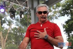 Aaron Tippin on the Free Stage at the Indiana State Fair   WFMS-FM