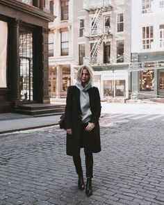 Easy Style, Look Fashion, Fashion Outfits, Fall Fashion, Curvy Fashion, Fashion Trends, Look Zara, Look Street Style, Winter Mode