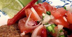 Tomat- og koriandersalat