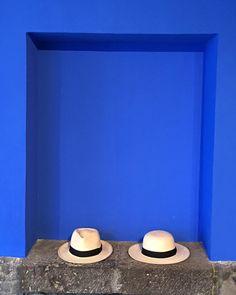 Art from another point of view @museofridakahlo #art #mexico #style #travel #fridakahlo #museum #PanamaHat #hats #travelmore #enjoy #trendy #summer #monday #designer #authentic