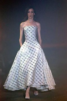 2000 S/S Olivier Theyskens Strapless Checkered Evening Gown 3