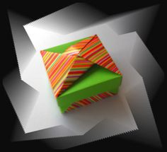 New Origami Box - Pic only. Box Origami, Origami Box Tutorial, Origami And Kirigami, Oragami, Box Design, Free Design, 3d Paper, Paper Crafts, Paper Cutting