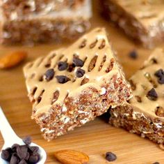 Healthy Chocolate Caramel Krispy Treats -- crunchy, chewy, sweet and secretly good for you!