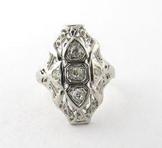Antique 18K White Gold Art Deco Filigree 3 Stone Diamond Dinner Ring, Size 6