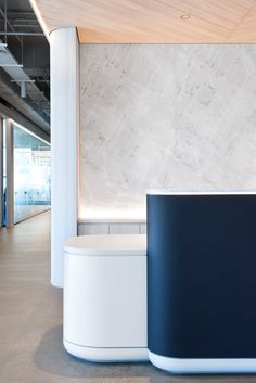 Savills Offices - Sydney #office #design #moderndesign http://www.ironageoffice.com/