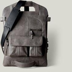 HARD GRAFT, 2UNFOLD LAPTOP BAG: it folds, it snaps, it straps.