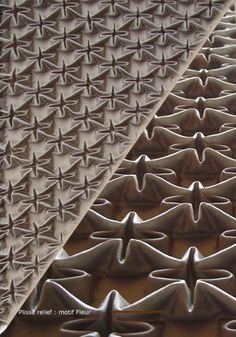 Les métiers rares de la mode | Gérard Lognon, de Paris, au sujet du plissage textile.