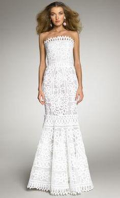 Oscar de la Renta 6N041G: buy this dress for a fraction of the salon price on PreOwnedWeddingDresses.com
