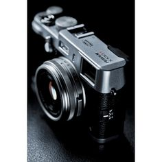 Thru Mikes Viewfinder: REAL High Speed Sync Flash with the Fujifilm Old Cameras, Cameras For Sale, Vintage Cameras, Fujifilm Instant Camera, High Speed Sync, Fuji Camera, Camera Gear, Photography Camera, Photography Equipment
