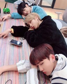 Stray kids Changbin Han and Woojin Nct, Lee Min Ho, Mixtape, Btob, K Pop, Parejas Goals Tumblr, Saranghae, Baby Squirrel, Kid Memes