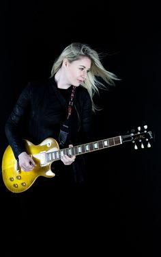 Joanne Shaw Taylor.Photo copyright Christie Goodwin, all rights reserved