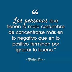 Puede que sientas que tu vida es un desastre pero siempre habrá algo bueno en ella.  #WalterRiso #FrasesMotivadoras #Reflexiones #Frases #Pensamientos #Motivación #Inspiración #TuCambioEsAhora #EsHoraDelCambio