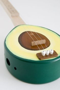 avocado 3 string guitar