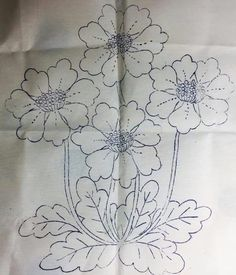 Beaded Flowers Patterns, Floral Embroidery Patterns, Hand Embroidery Designs, Vintage Embroidery, Ribbon Embroidery, Embroidery Art, Embroidery Stitches, Broderie Bargello, Flower Art Drawing