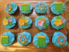Tropical Luau Cupcakes - Tropical theme bridal shower cupcakes.
