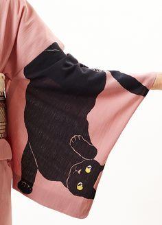 kimono sleeve with cat